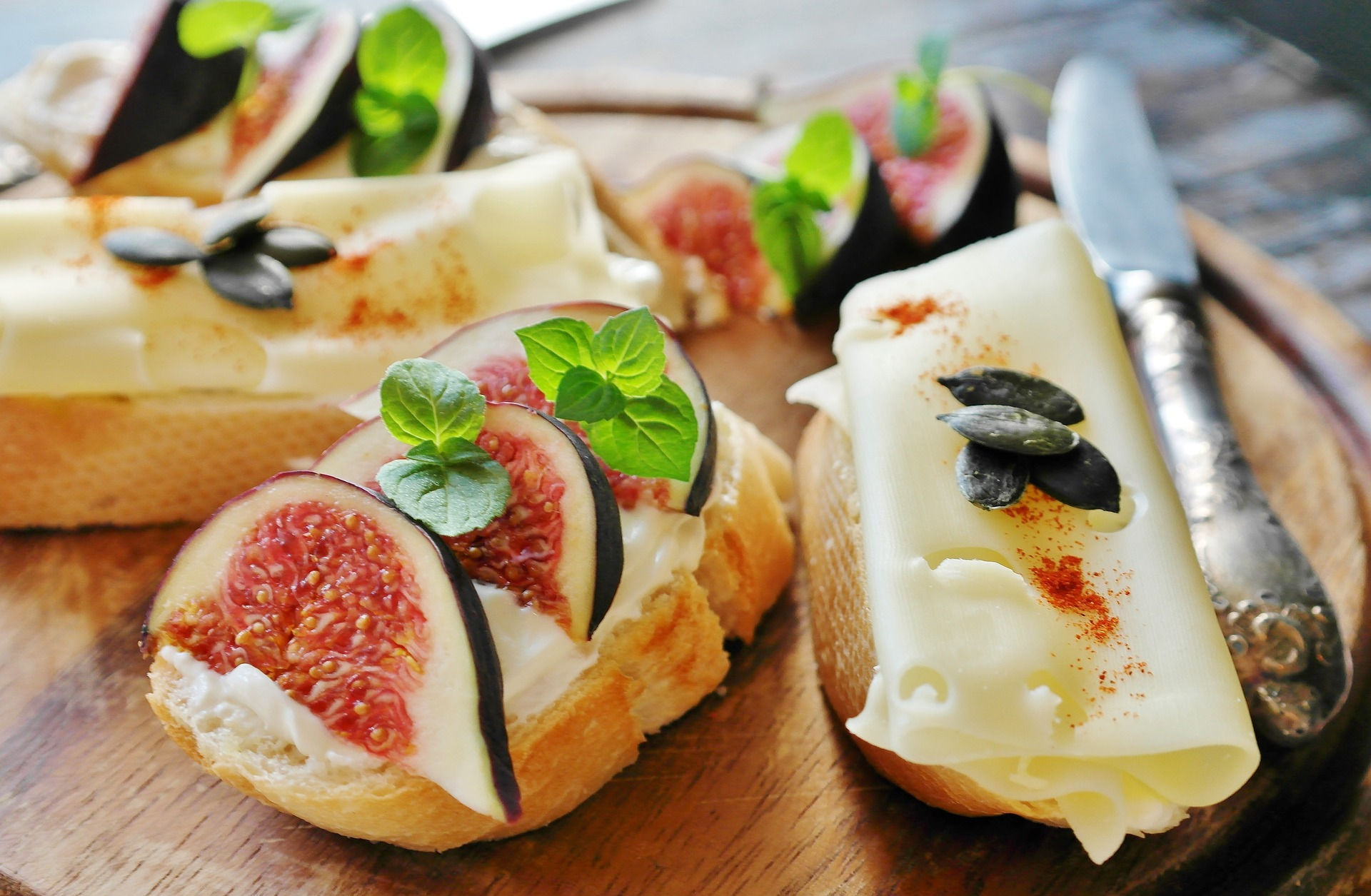 Arrowine & Cheese